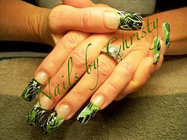 Idee Nail Art Primavera 2013 » green-leave-nail-art